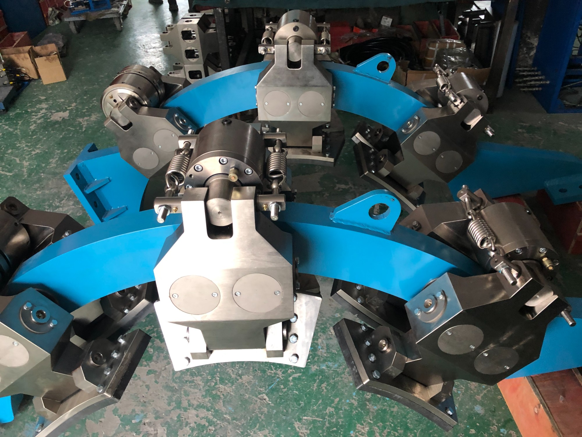 A customer in Shan xi ordered 1 set of hydraulic disc brakes for 50 drilling rigs