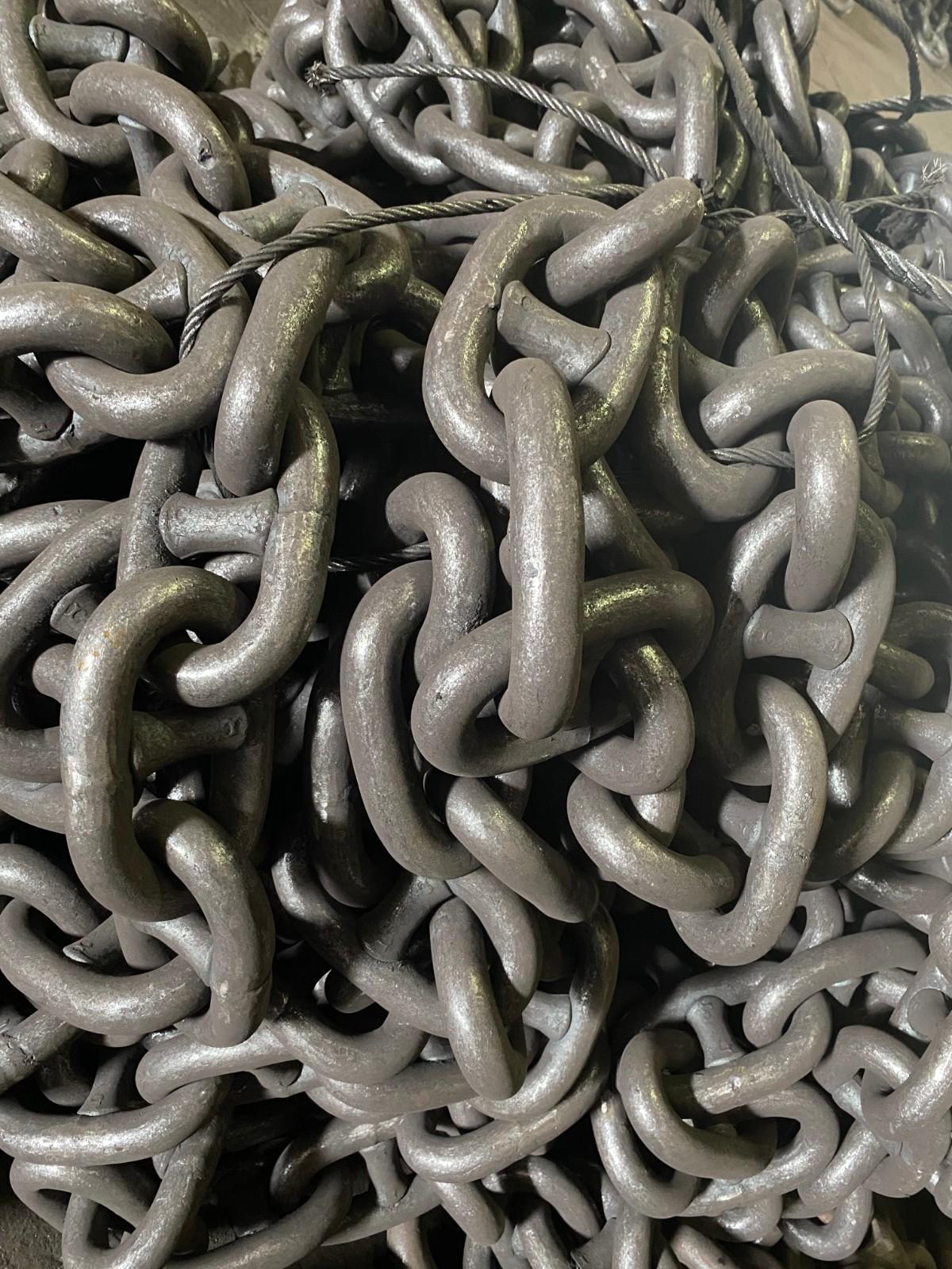 anchor chain.JPG