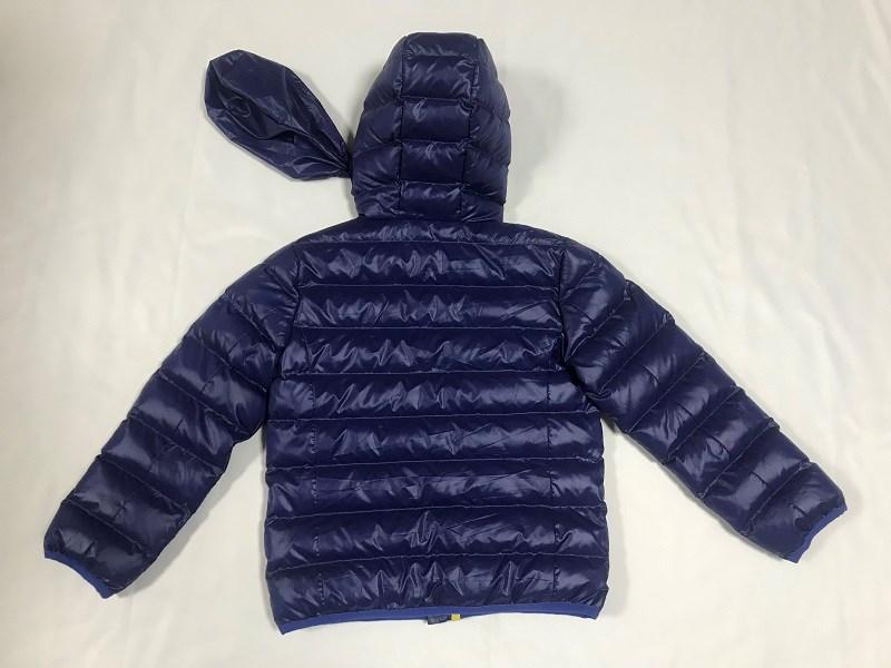 casaco e casaco acolchoado de menino
