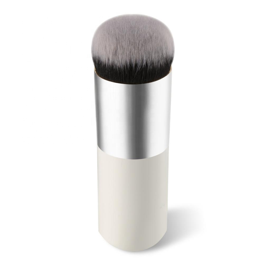 Flat Top Contouring Liquid Magic Foundation Brush