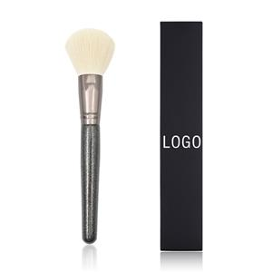 Factory direct fashion personality large wooden handle loose powder makeup brush