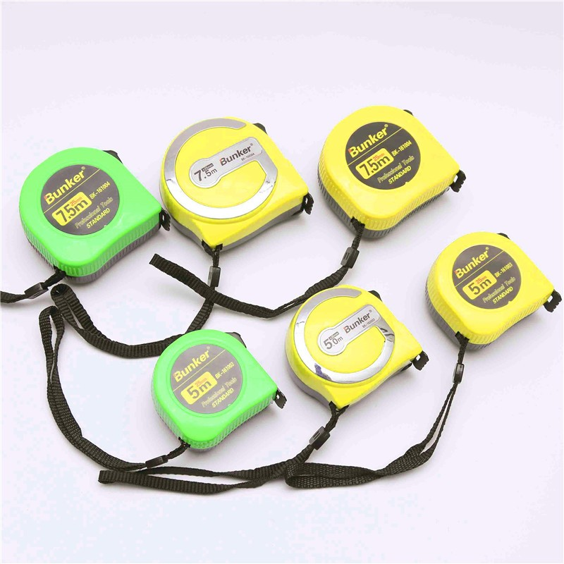 25 ft Magnetic retractable tape measure