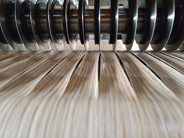Cutting Machine For Roll Paper/PVC Manufacturers, Cutting Machine For Roll Paper/PVC Factory, Supply Cutting Machine For Roll Paper/PVC
