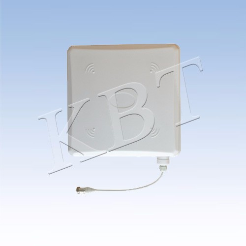Indoor directional broadband antenna