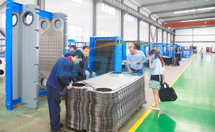 Customers come to the factory to purchase plate and gasket for PHE