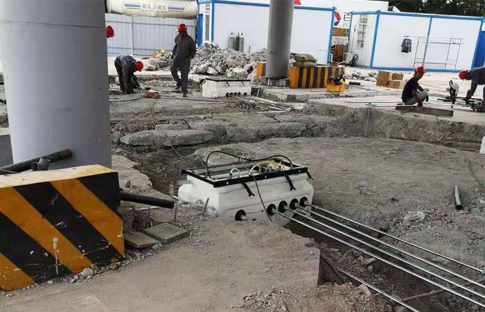 help customer build petrol station