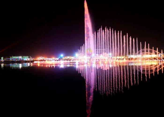 Największy projekt okrągłej fontanny na zewnątrz lasera