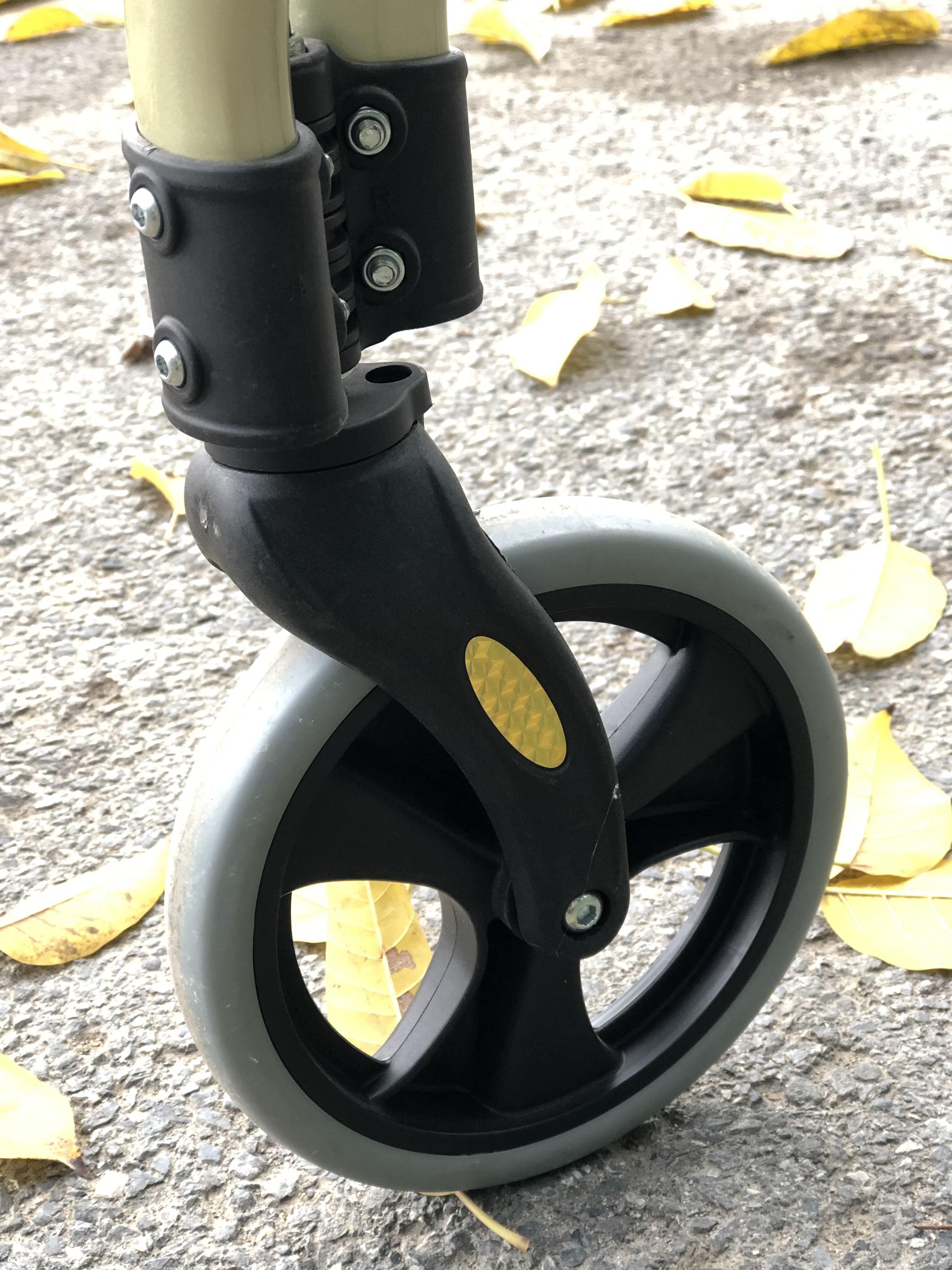Freestyle rollator