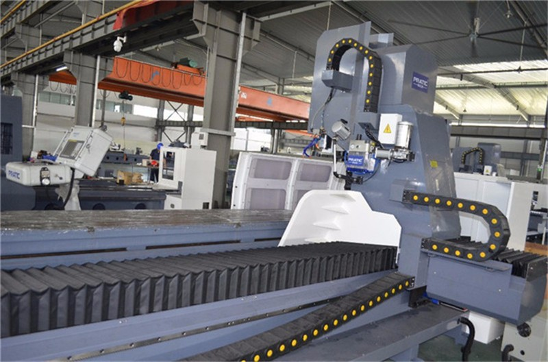 4 Axis Cnc Machining Center For Auto Parts Making