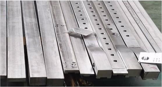 Cnc Precision Machine For Making Railway Parts
