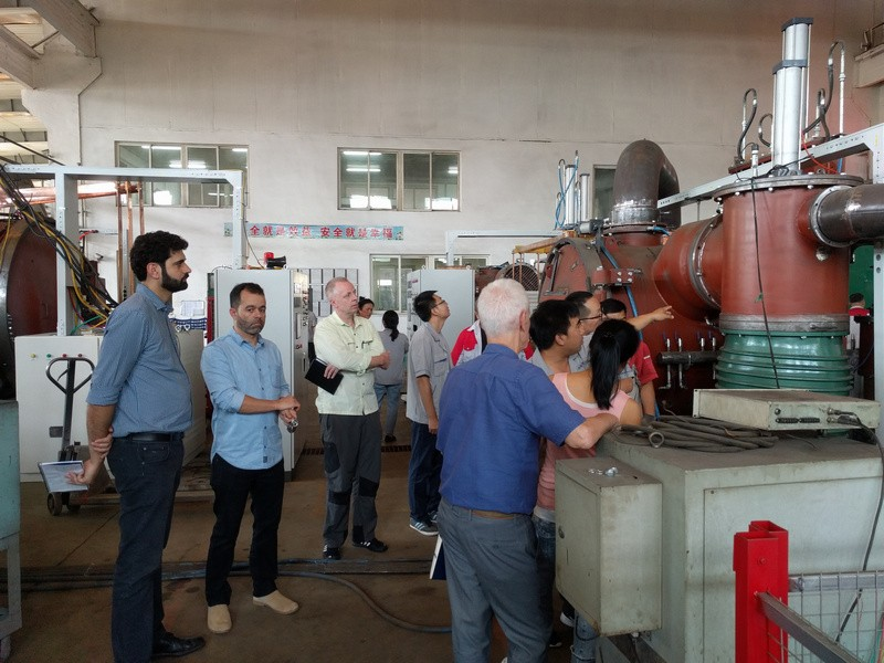 Brazilian customers come to Hengjin for Vacuum sintering furnace with movable protection feed box pre-acceptance