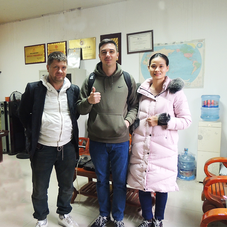 Customers from Russia visited us