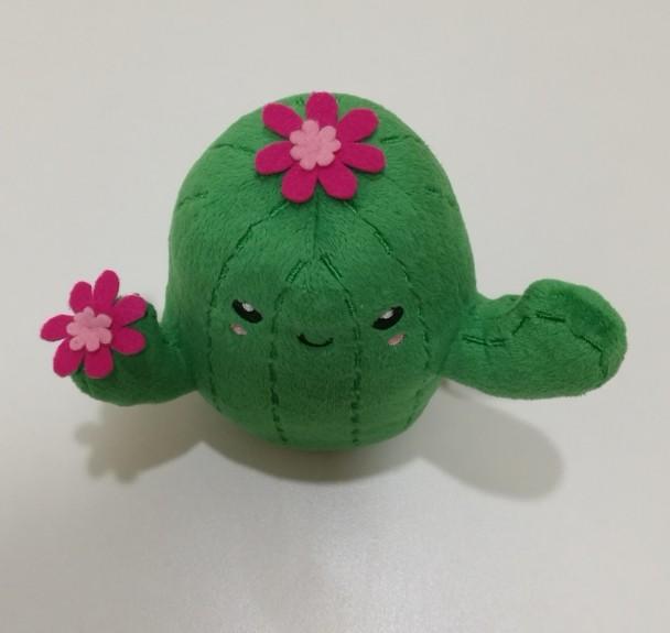Плюшевая милая говорящая игрушка кактус