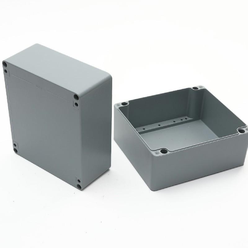 fornitore all'ingrosso di tavoli e sedie in alluminio pressofuso