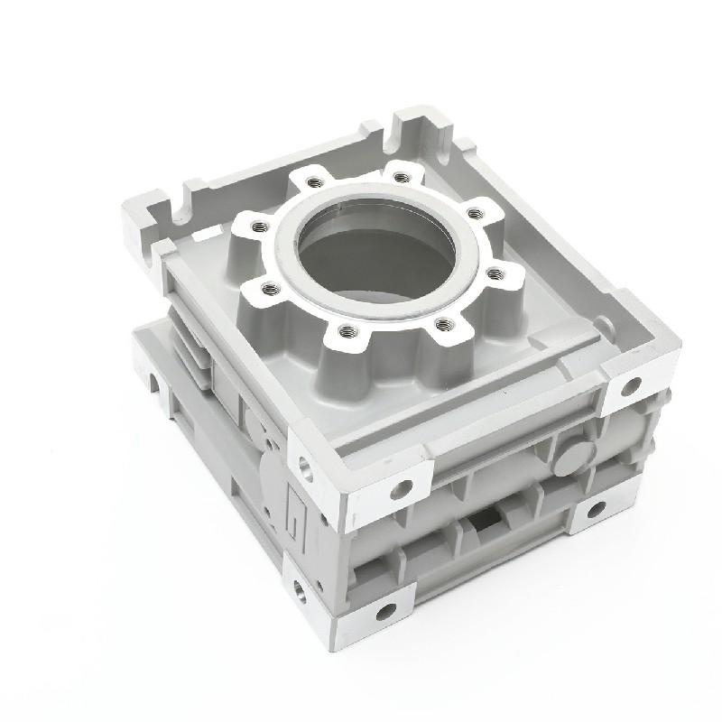 Several points that must be paid attention to in the use of die-casting molds