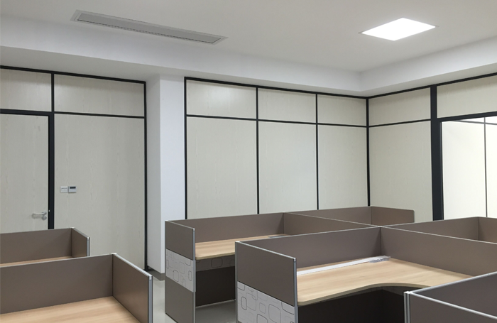 80 double wooden face partition