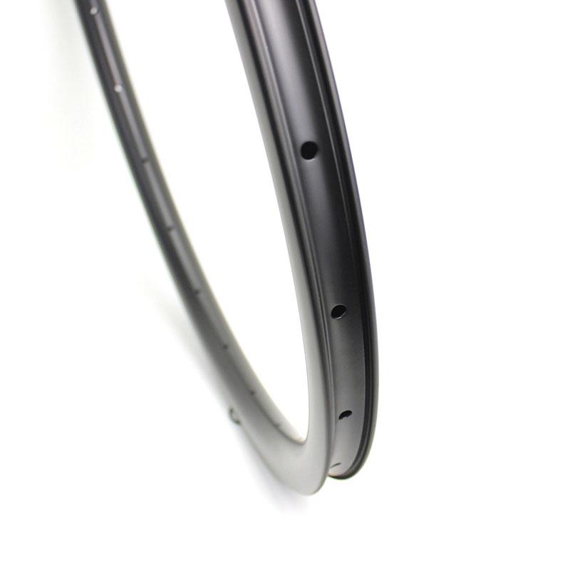 700c Carbon Cycrocross Bike Rims 35mm depth 32mm outer width Aero Shape