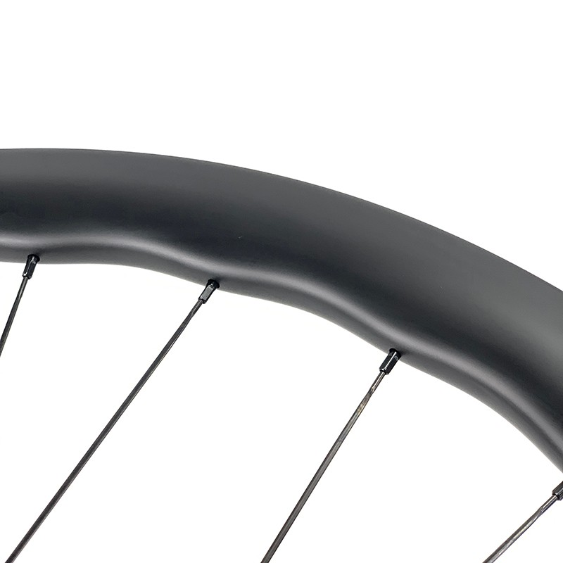 New arrivals BWT road disc wheelset 45mm rim depth 29mm width tubeless