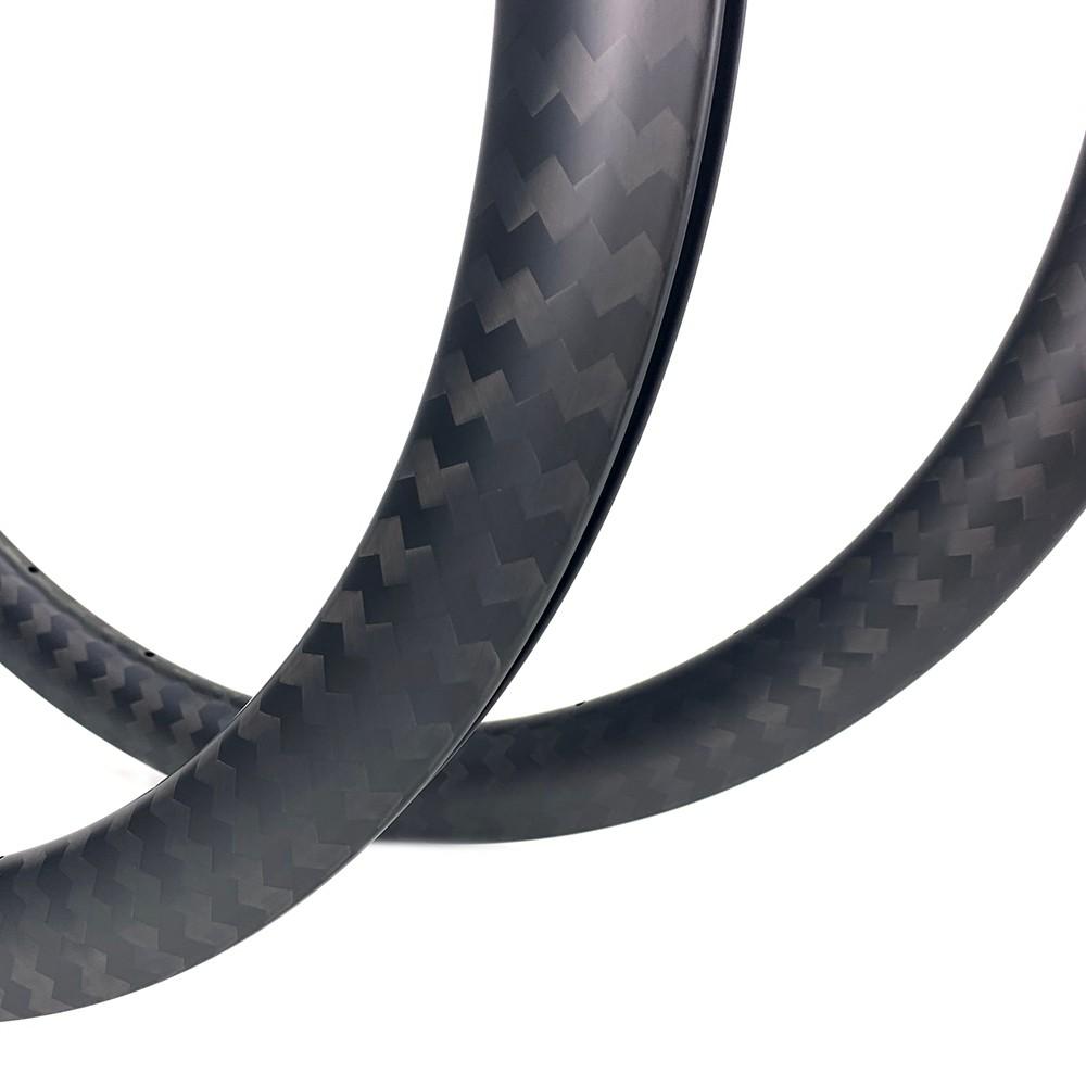 700c gravel bike 50mm rim depth 29mm width disc brake