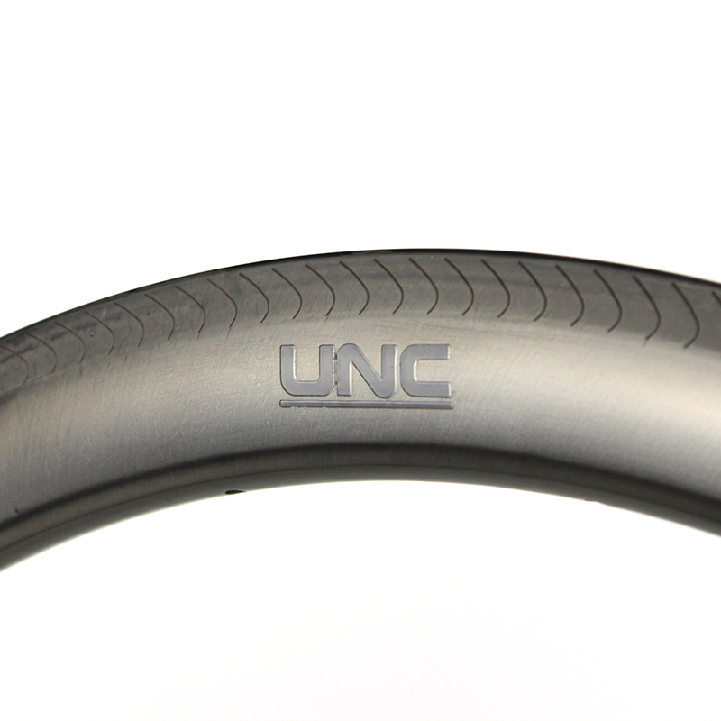 UNC 50mm rim brake 700c original natural carbon surface Ultralight