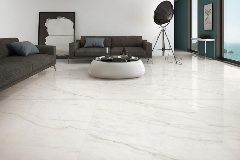 カラカッタの白い大理石のタイル