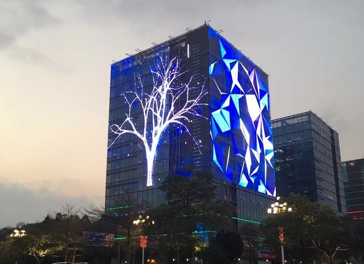 All the advantages of transparent LED display