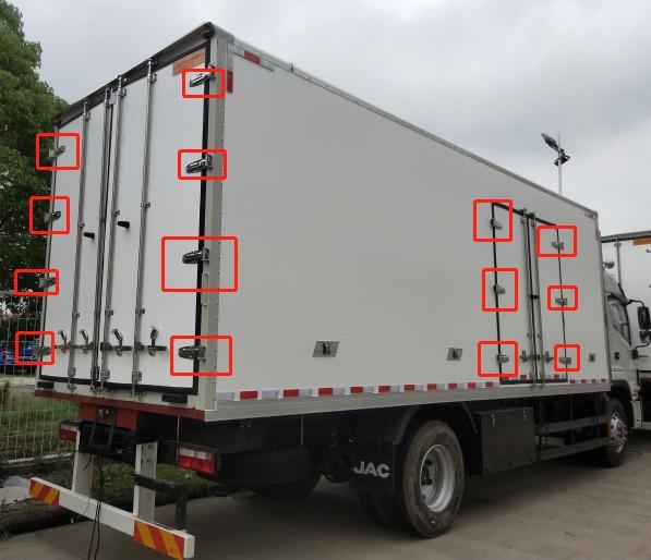 Custom Heavy Duty Truck Door Hinge