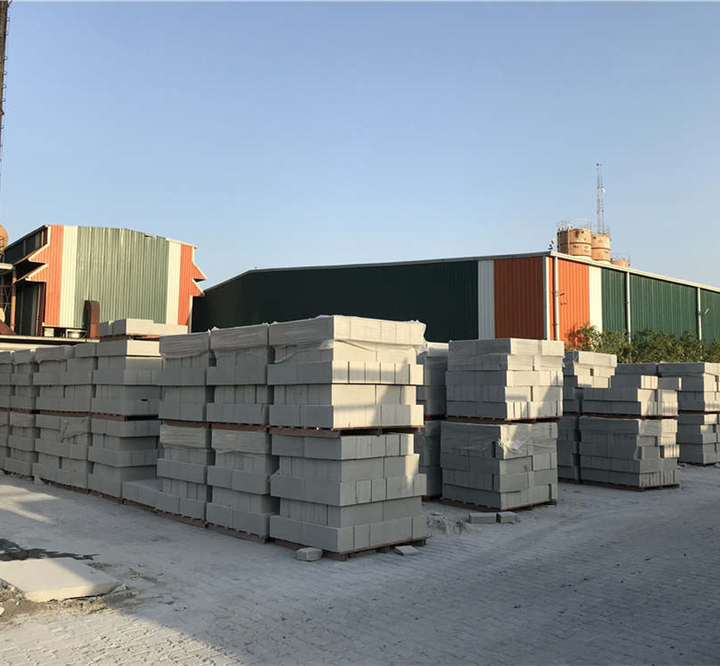 Light Weight Qt4 25 Fly Ash Brick Making Machine Cost In