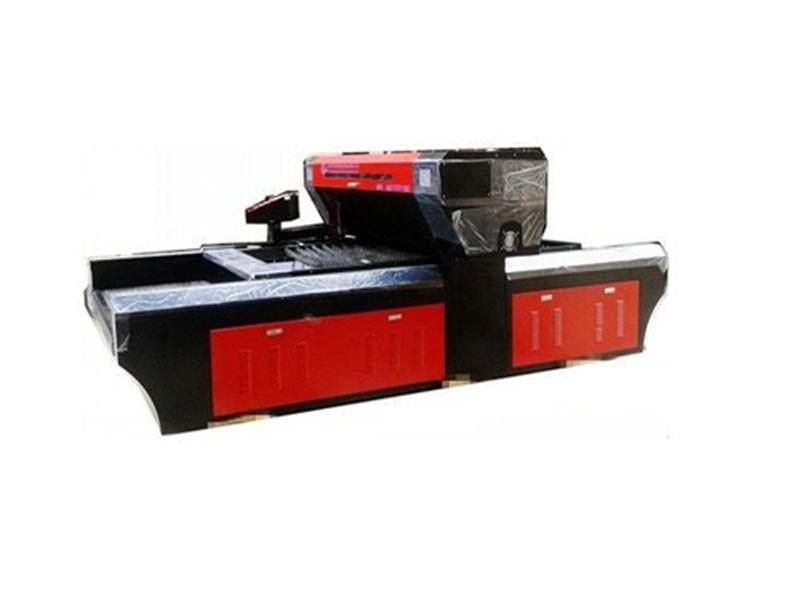 מכונת חיתוך למות לייזר במהירות גבוהה 150W
