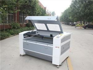 Mexican Customers Purchase Laser Engraving Machine