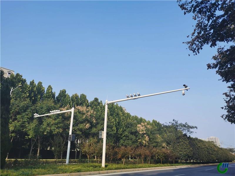 Poste de señal de tráfico