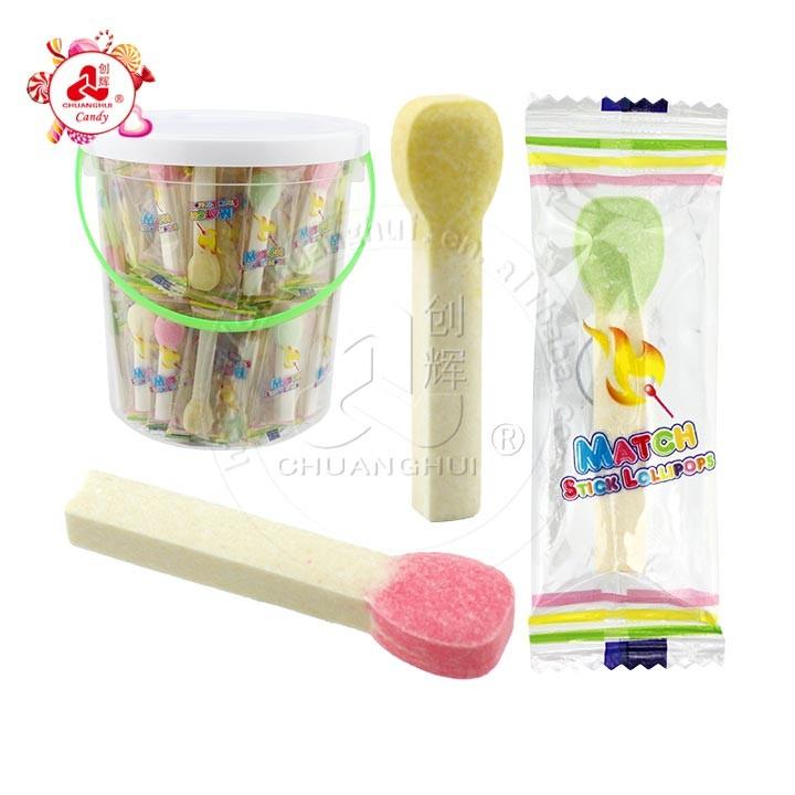 Collations pour enfants de bonbons de presse de bâtonnets de lait en forme de match multi-aromatisés