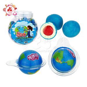 Boule de chewing-gum de la planète Terre