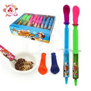 Красочный воздушный шар с двумя цветами игольчатый шприц шоколадные молочные конфеты шприц игрушечные конфеты