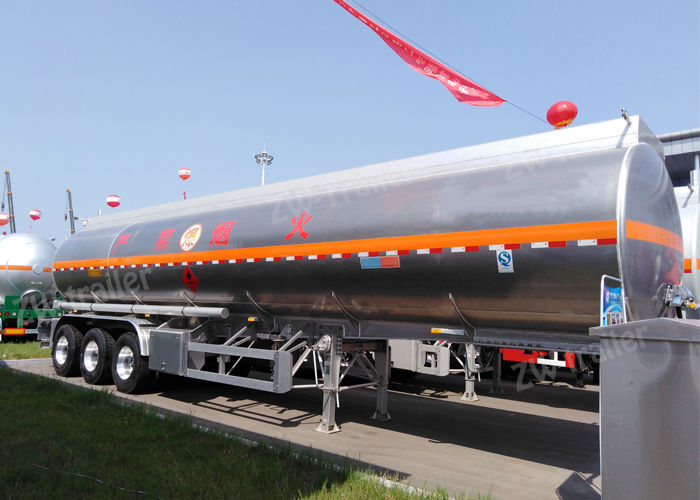 fuel tanker trailer1 _compressed.jpg