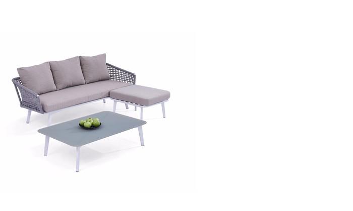 Открытый диван