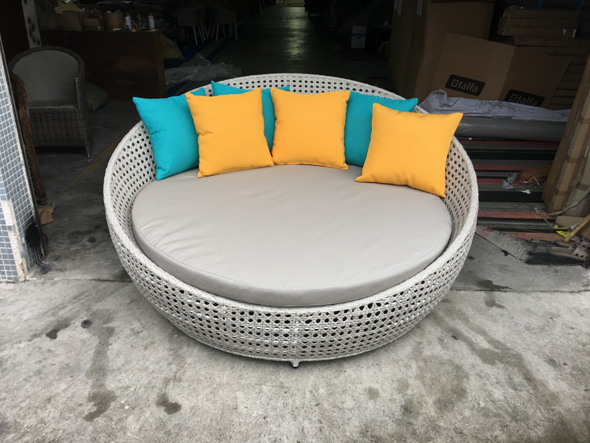 Wicker Outdoor Day Bed Manufacturers, Wicker Outdoor Day Bed Factory, Supply Wicker Outdoor Day Bed