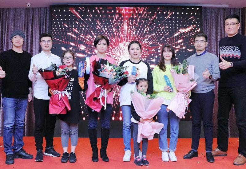Jaarlijkse personeelsfeest Jinhua IVY 2019