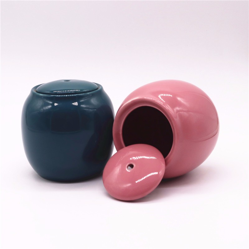 Ceramic Vase With Lid