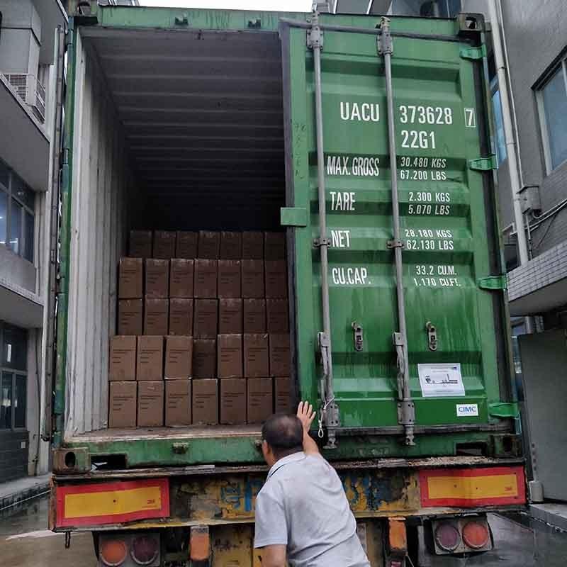 Verpackung und Lieferung