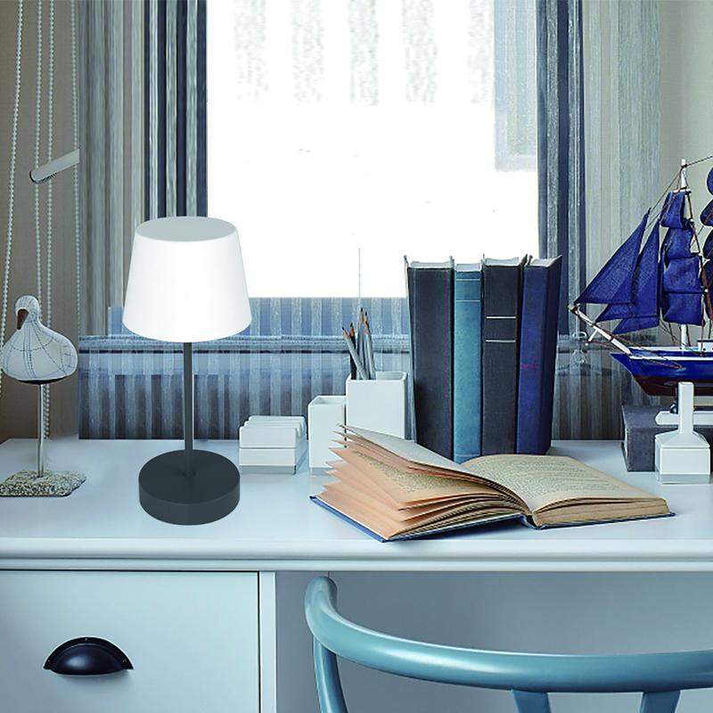 Lampa stołowa LED