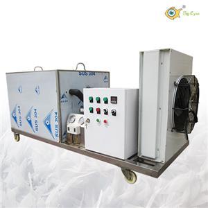 Block ice making machine