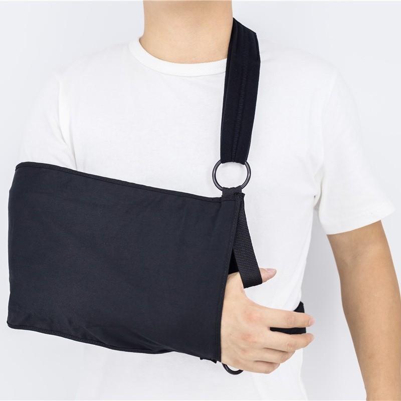 Imbracatura per spalla e braccio per riabilitazione con supporto per avambraccio e pollice
