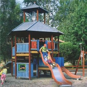 2018 outdoor popular kids wooden cheap new fashion playhouse children slides