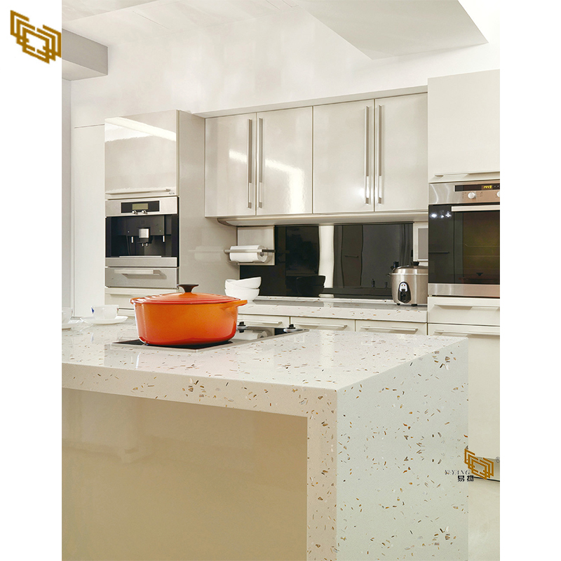 Multi-Color With Large Grain Quartz Stone for Kitchen Countertop