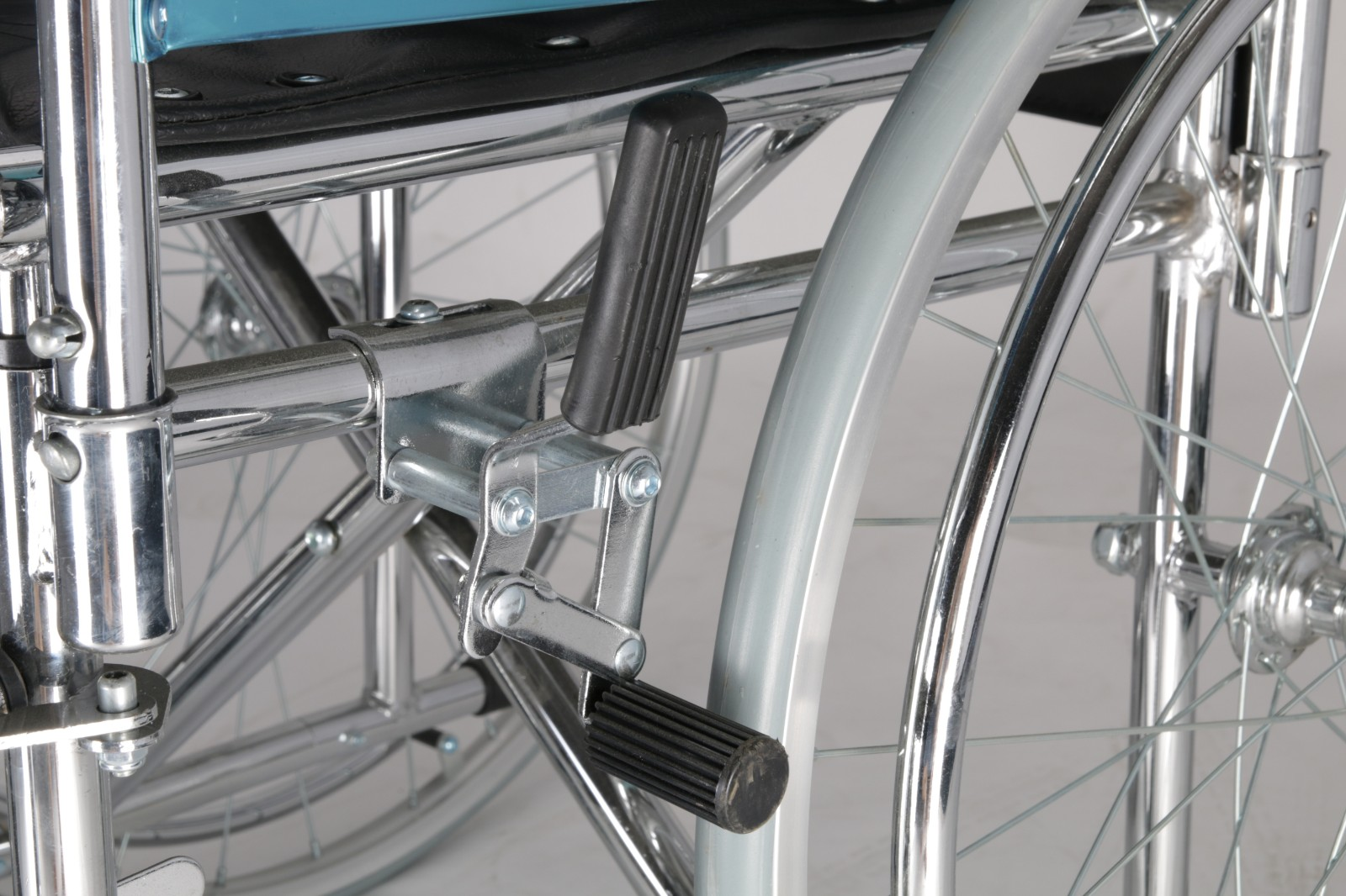 portable steel self propel wheelchair