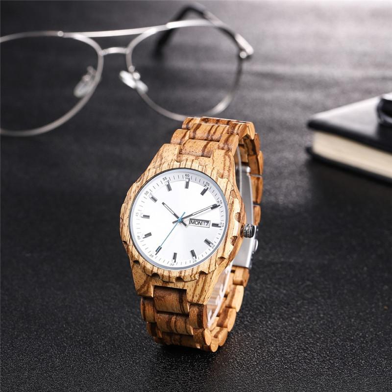 السيدات الساعات الخشبية المصنوعة يدويا