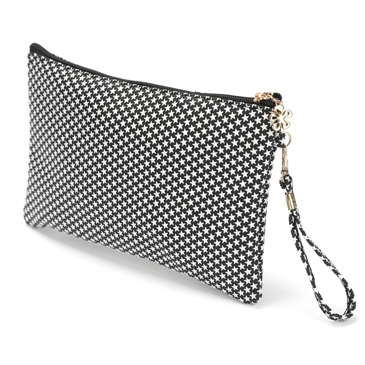 Black and White PU Flat Cosmetic Handbag With Detachable Hand Strap Manufacturers, Black and White PU Flat Cosmetic Handbag With Detachable Hand Strap Factory, Supply Black and White PU Flat Cosmetic Handbag With Detachable Hand Strap