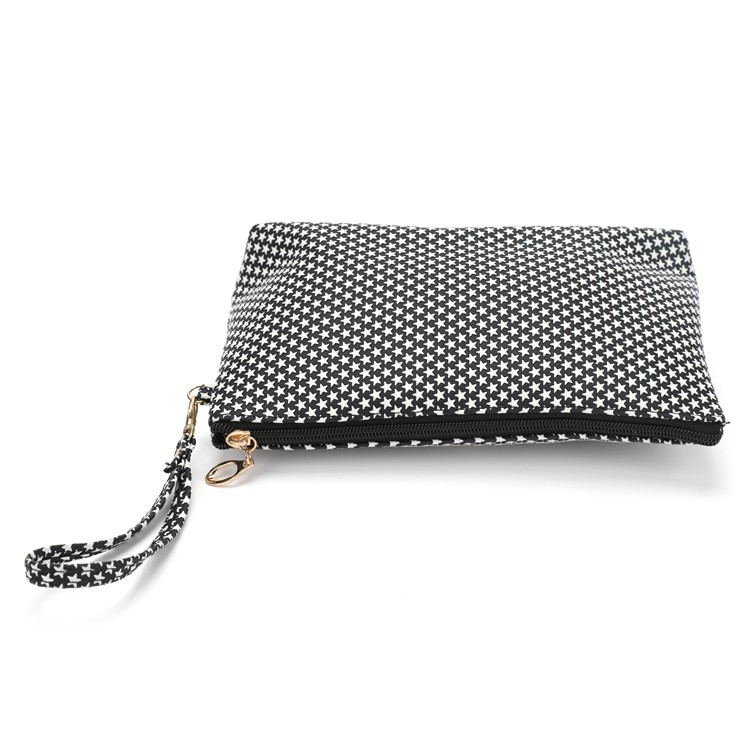 Black and White PU Flat Cosmetic Handbag With Detachable Hand Strap