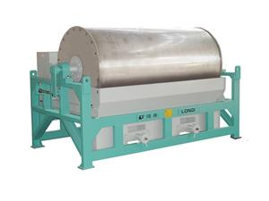 Counter rotation wet drum separator